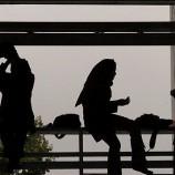 پایان نامه بررسی عوامل فرار دختران نوجوان از خانه