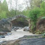 بررسی جاذبه های توریستی و موانع جذب جهانگردان به منطقه کلیبر